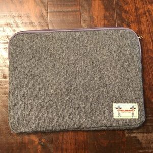"Accessories - 13"" MacBook Sleeve"